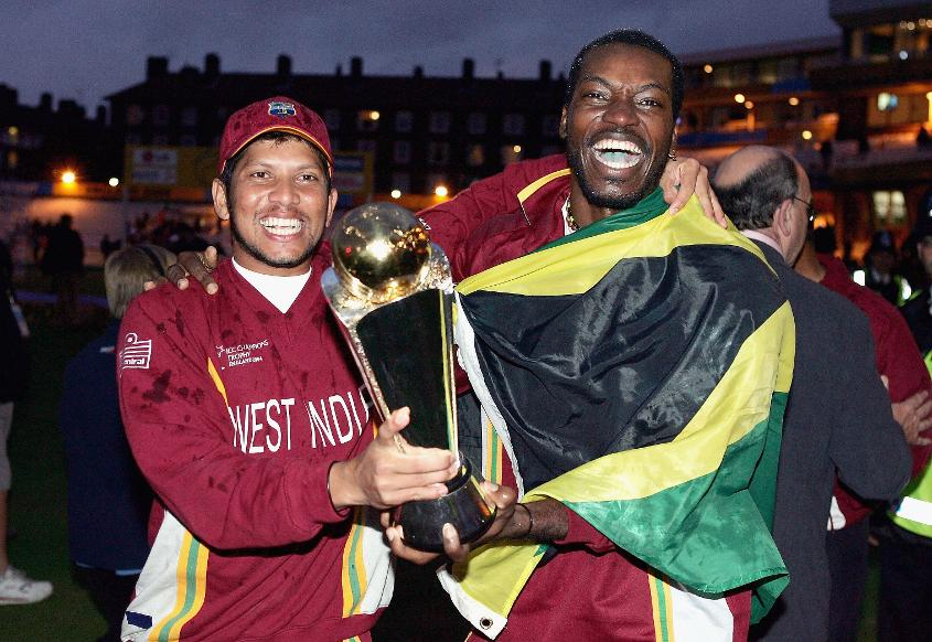West Indies celebrating the ICC Champions Trophy 2004 win
