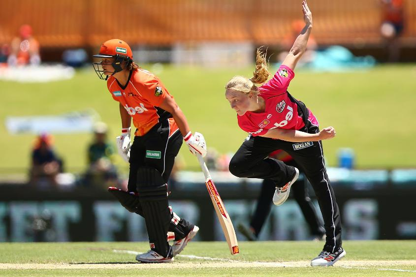 Kim Garth won the Women's Big Bash Title last month with Sydney Sixers where she was playing as part of the ICC Associate Rookie programme