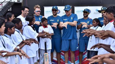 South Africas Squad demonstrate how to keep good hygiene at a Cricket for Good Clinic