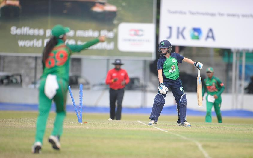 Ireland Women was bowled out for 144 in 47.1 overs