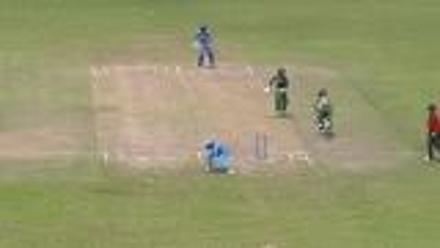 South Africa lose their final wicket with run out