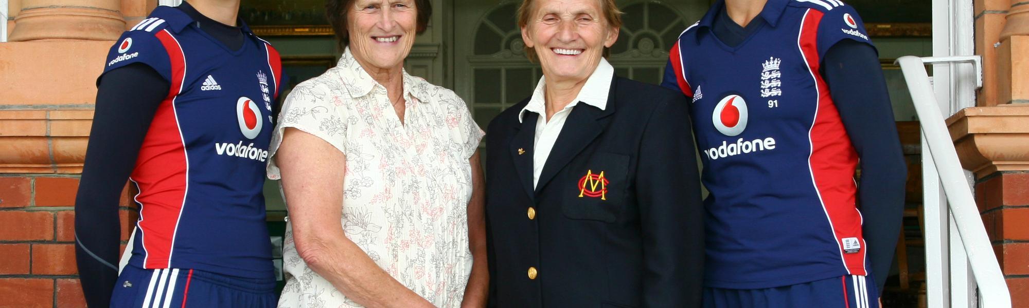 Sarah Taylor and Lynne Thomas