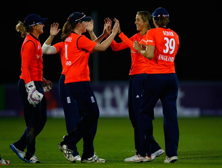 Jenny Gunn with her England Women teammates.
