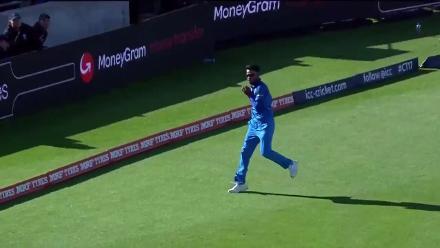 WICKET: Azhar Ali falls to Jadeja for 50