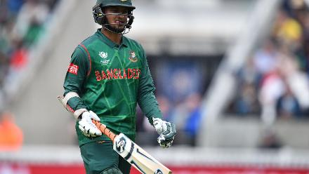 Bangladesh showed some fight, with Shakib Al Hasan joining Tamim Iqbal as the two added 69 runs for the fourth wicket.