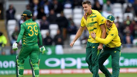 Morne Morkel bagged 3 for 18 to trouble Pakistan