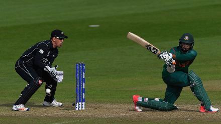 Shakib al Hasan kept the scoreboard ticking despite the loss of wickets early on
