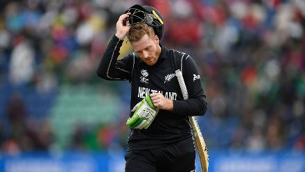 Martin Guptill (33 off 35) was dismissed in the 13th over