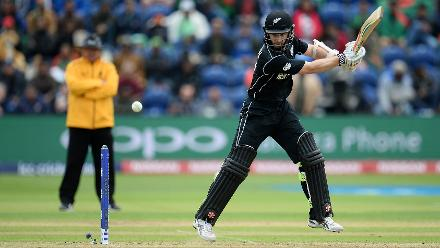 Kane Williamson and Ross Taylor consolidated for New Zealand