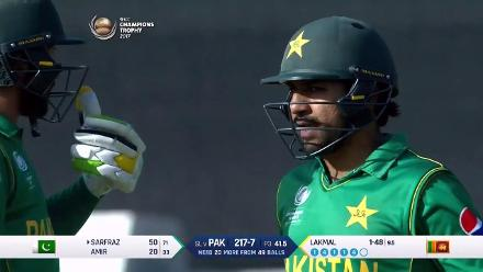 FIFTY: Sarfraz Ahmed brings up his half-century
