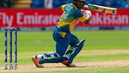 Asela Gunaratne(in pic) combined with Suranga Lakmal for a partnership of 46 runs in an effort to put up a total of 236.