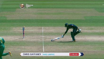 WICKET: Rashid run-out courtesy a direct hit by Shehzad