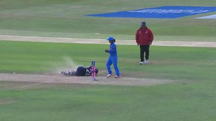 #WWC17 - Katherine Brunt's run out