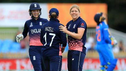 Heather Knight was the pick of the England bowlers taking 2 for 41 in 7 overs.jpg
