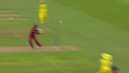 WICKET:Felicia Walters falls to Ellyse Perry for 7