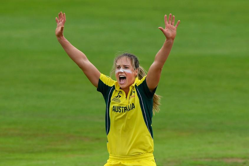 Ellyse Perry was the pick of the bowlers with figures of 3 for 47.