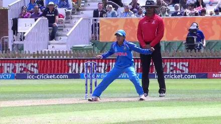WICKET: Sidra Nawaz falls to Ekta Bisht for 0