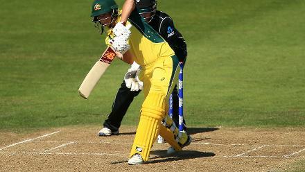 Meg Lanning kept Australia afloat with a steady 48.
