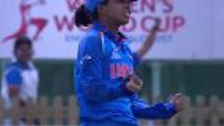 WICKET: Ayesha Zafar falls to Ekta Bisht for 1