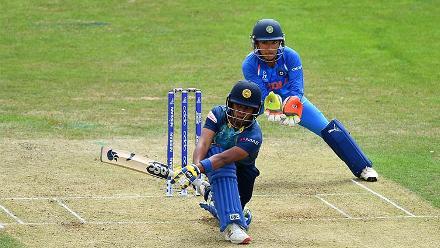Chamari Athapaththu plays a shot
