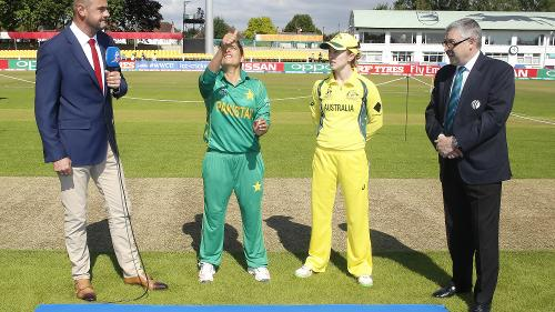 Rachael Haynes of Australia won the toss and elected to bat first.