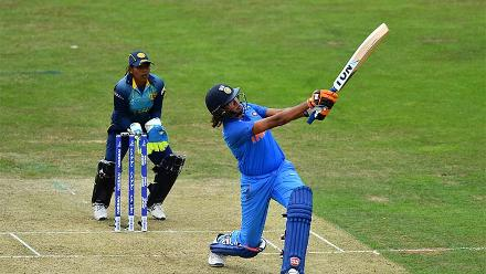 Jhulan Goswami was sent ahead of Harmanpreet Kaur as a pinch hitter but fell cheaply for 9