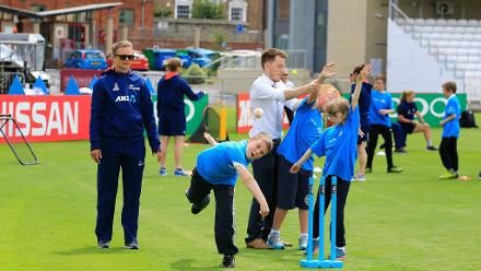 Local school children attend a training session with the New Zealand Women's Team
