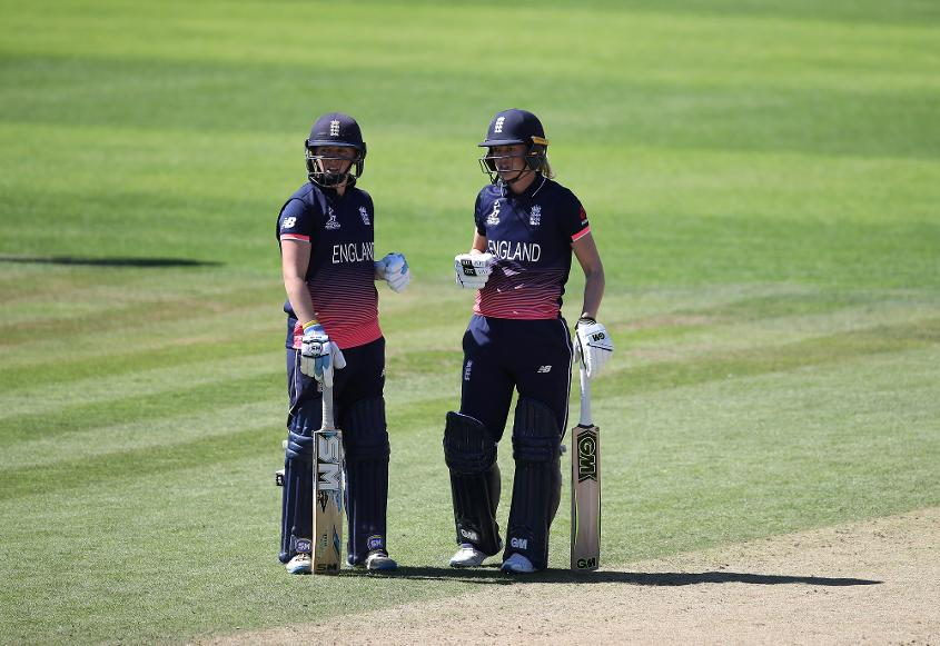 Sarah Taylor and Heather Knight topped the popularity charts in the previous round.