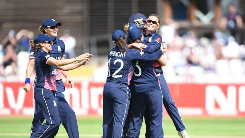 England women celebrating.