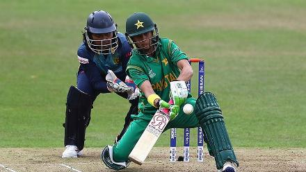 Nain Abidi plays a shot during her innings