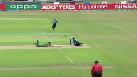 WICKET: A mix-up between the batters causes Nain Abidi to be run out