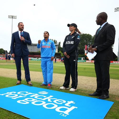 Suzie Bates, the New Zealand captain won the toss and sent India to bat taking into account the overcast conditions