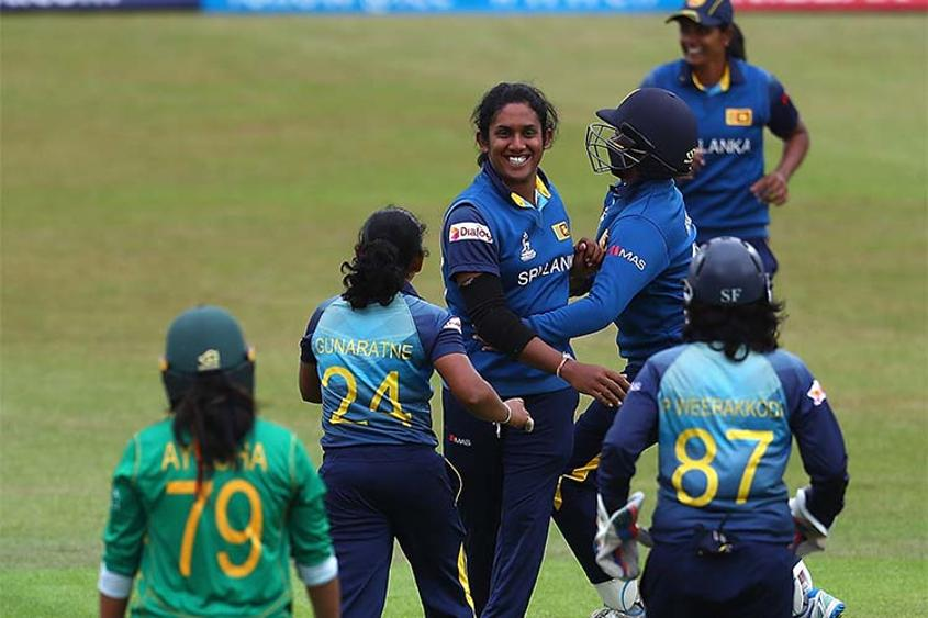 Chandima Gunaratne celebrates the wicket of Ayesha Zafar