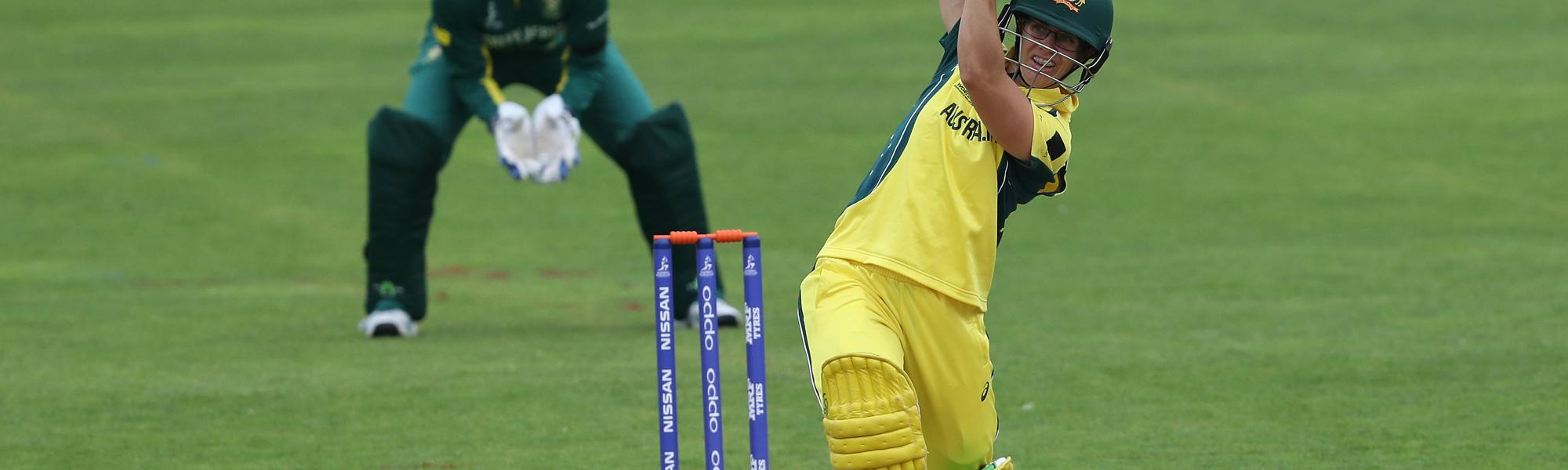 Nicole Bolton brought up her half-century first with Beth Mooney following her to the landmark just two overs later.