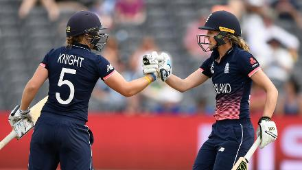 Sarah Taylor and Heather Knight
