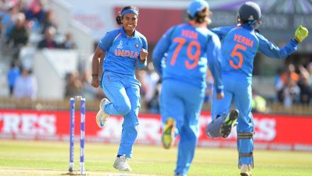 ICC Women's World Cup SF2: Australia v India, Derby