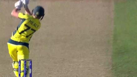 WICKET: Alyssa Healy falls to Jhulan Goswami for 5