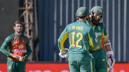 It was a thumping ten-wicket victory by South Africa as the hosts took a 1-0 lead in the ODI series.