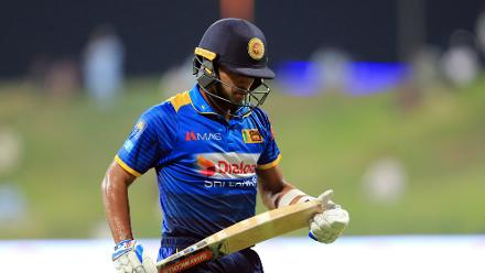 Kusal Mendis wasn't able to contribute much with 10 runs to his name.