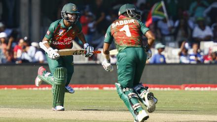 Sabbir Rahman and Shakib al Hasan put on a partnership of 67 runs for the sixth wicket.