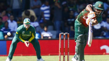 The Bangladesh top order failed completely with South Africa reducing them to 20 for 3 and then 51 for 4.