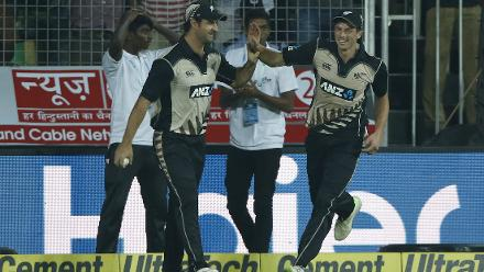 Mitchell Santner and Colin de Grandhomme combined to dismiss Manish Pandey, who top scored for India with 17.