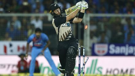 Martin Guptill ended a horrible Indian tour by being bowled by Bhuvneswar Kumar for 1.
