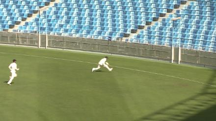 Day 3 - Viral 2 - Great fielding on the boundary