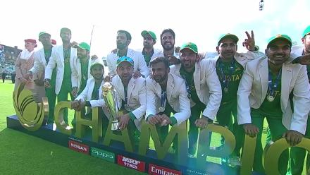 Pakistan stuns India to win Champions trophy 2017