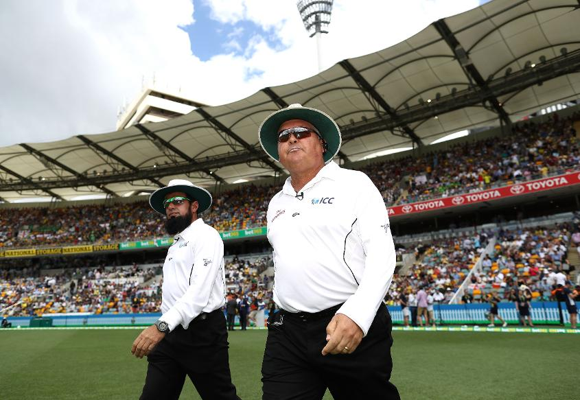 Aleem Dar and Marais Erasmus on day one of the 2016/17 Ashes in Brisbane