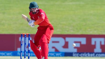 Alistair Frost of Zimbabwe batting