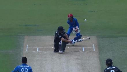 Worst possible start for New Zealand as Ravindra is run out