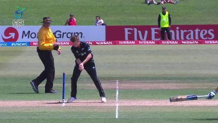 Gerald Coetzee run out coming back for a second