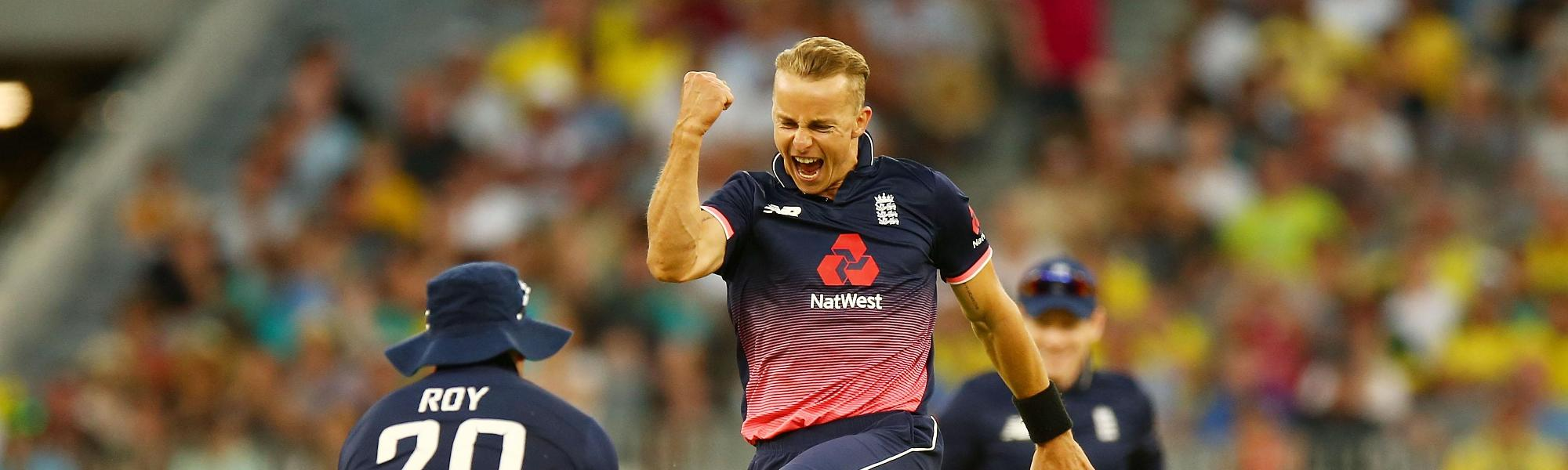 Tom Curran took figures of 5/35 from his 10 overs